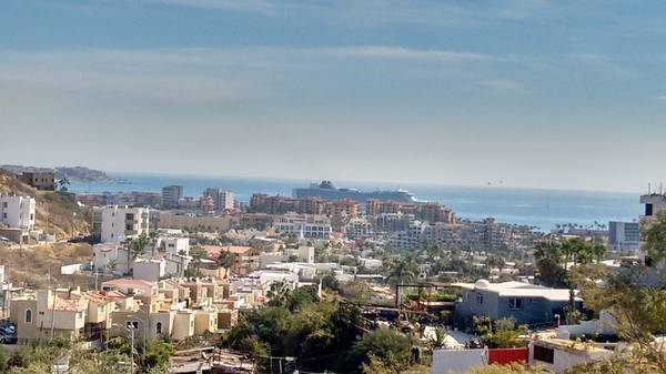 OCEAN VISTA LOVER??  2 BEDS TOP FLOOR IN SUNSET FOR ONLY 800 USD SUNSET